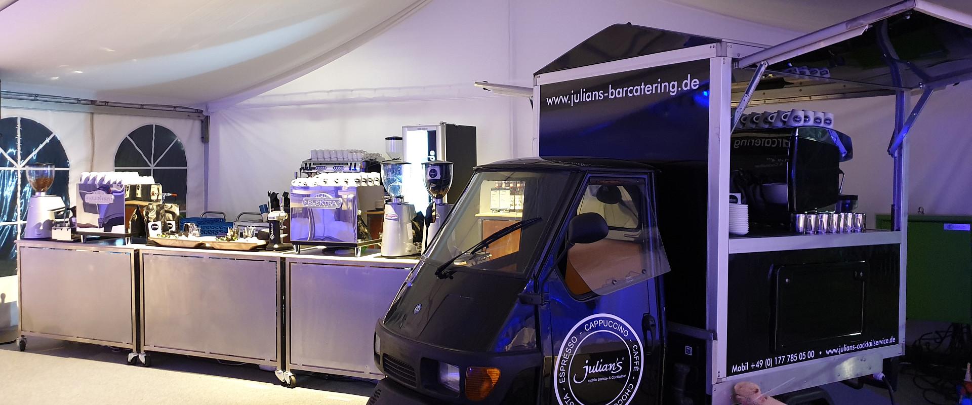 Julians Ape Kaffee Mobil