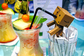 Amazon trinkt Julians Fruit Punch