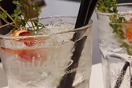 Cocktails by Julians