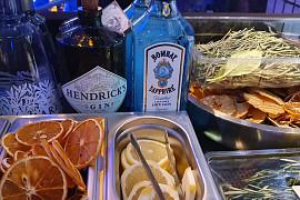 Julians Gin & Tonic